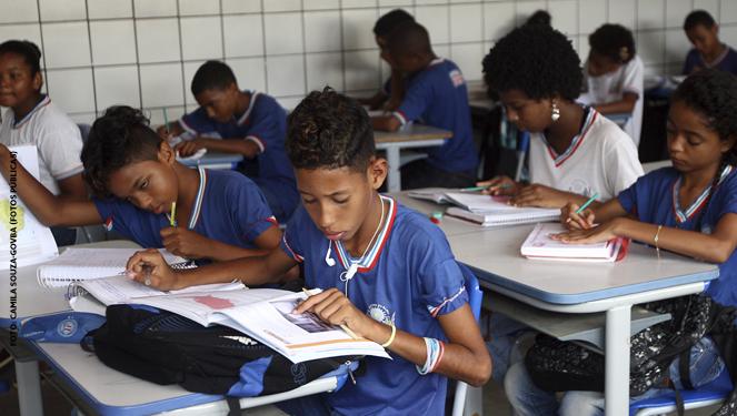 Todos Pela Educação - O que são e para que servem as diretrizes curriculares?